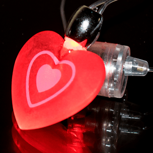 "14"" Flashing Heart Necklace"