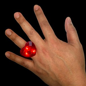 Light Up Jumbo Heart Rings - Red