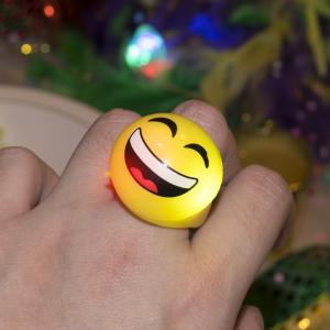 """1"""" Flashing Emoji Rings"""